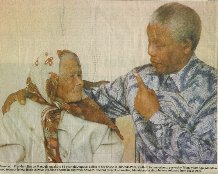 Mandela thanking Mrs Lollan for what she did for the struggle.